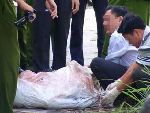 Hải Dương: Phát hiện thi thể người đàn ông bị trói tay chân trong bao tải trôi trên sông