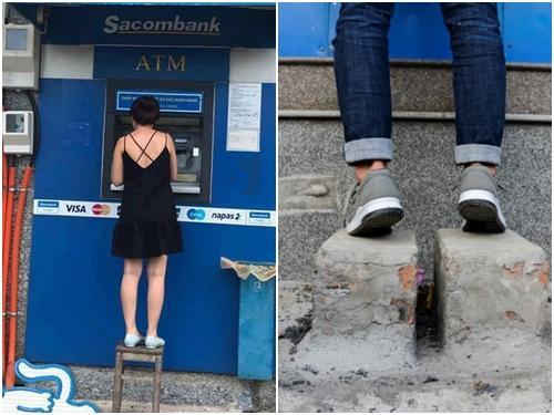 Cảnh rút tiền bi hài ở các ATM bị đập bỏ bậc tam cấp
