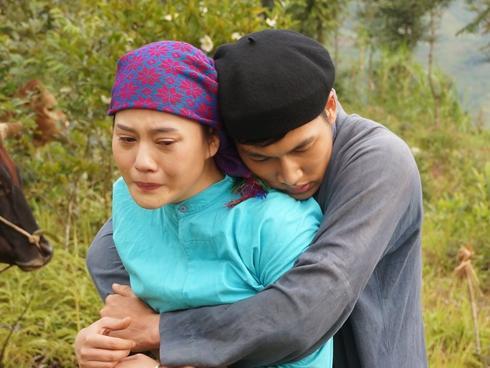 'Lặng yên dưới vực sâu': Khi mọi đau khổ bắt nguồn từ tục bắt vợ