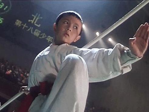'Con trai màn ảnh của Lý Liên Kiệt': Cuộc đời tụt hạng từ ngôi sao võ thuật xuống diễn viên vô danh
