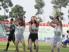 Hoàng Thùy Linh và dàn mỹ nhân cứ ra sân là khiến fan điêu đứng