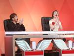 Soobin Hoàng Sơn 'mê mẩn' cặp đôi hát 'Phía sau một cô gái' phong cách dân ca đương đại