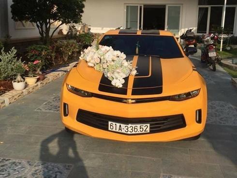 Chevrolet Camaro 2017 của thiếu gia Bình Dương làm xe hoa