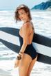Miranda Kerr rất thích tập luyện Kundalini – một dạng bài tập yoga được thiết kế để cân bằng năng lượng trong cơ thể thông qua hít thở, thiền và tập luyện tinh thần.