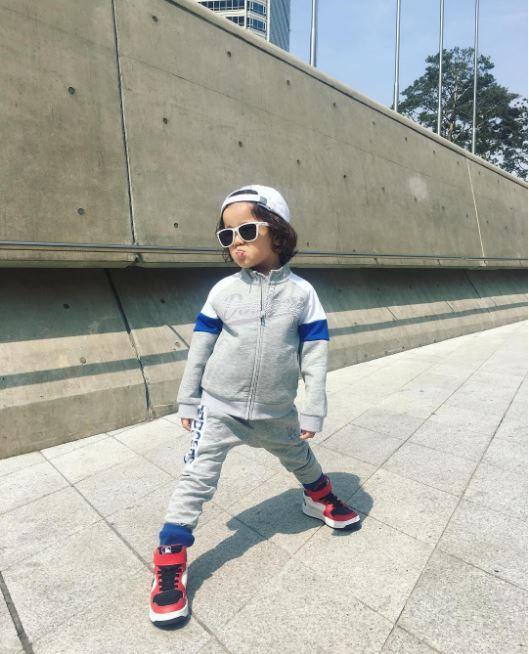 Cứ mỗi mùa Seoul Fashion Week đến, dân tình lại chỉ ngóng xem street style vừa cool vừa yêu của những fashionista nhí này - Ảnh 11.