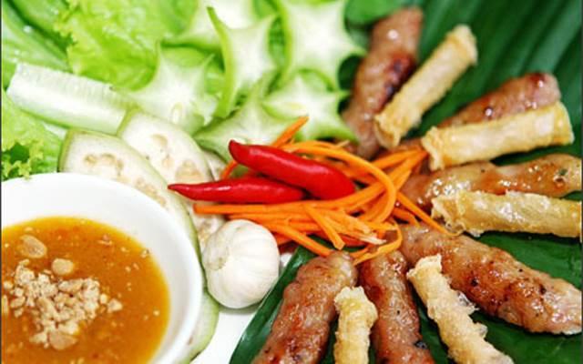 Thưởng thức Ẩm thực Việt Nam: nem nướng Ninh Hòa