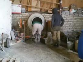 Clip: Khi các anh thợ nghịch máy trộn bê tông