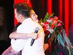 Đàm Vĩnh Hưng tổ chức sinh nhật sớm cho Lệ Quyên trong đêm nhạc riêng