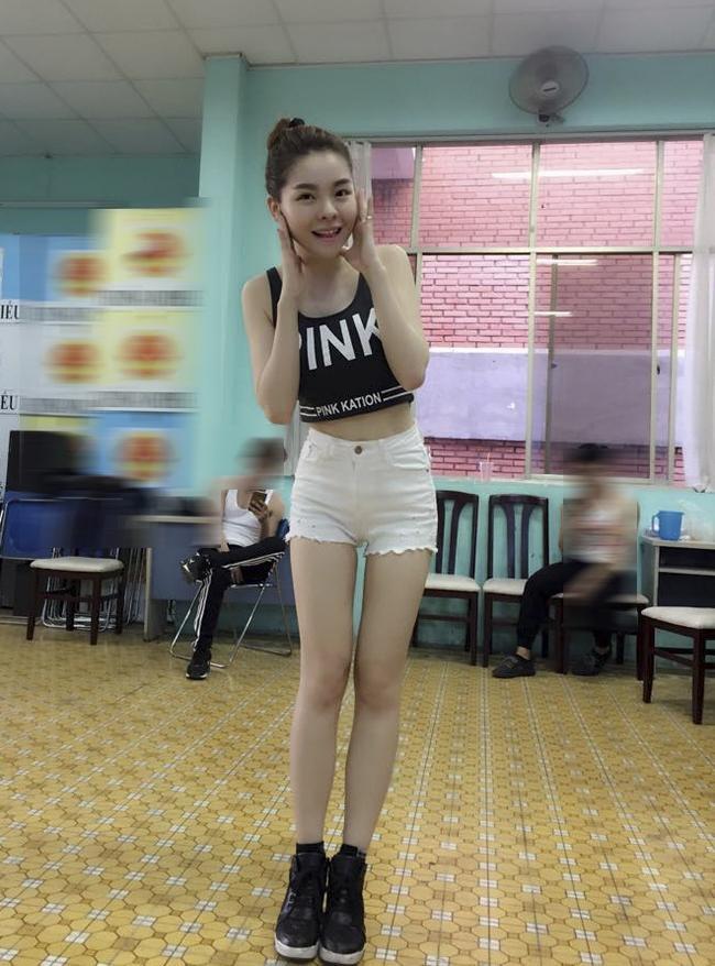 """khong ngo nhung my nhan hat hoi cho lai """"nong mat"""" muc nay hinh anh 12"""