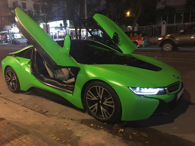 Hàng hot BMW i8 màu lạ của tay chơi Sài thành - Ảnh 3.