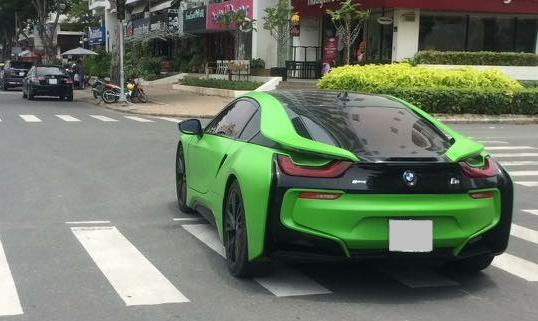 Hàng hot BMW i8 màu lạ của tay chơi Sài thành - Ảnh 1.