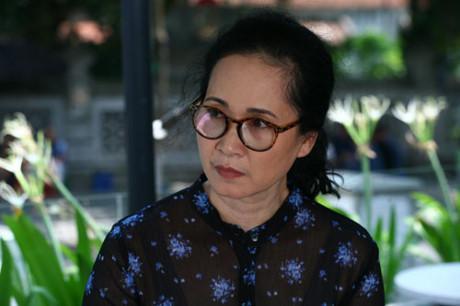 Huong 'Bong' lan dau vao vai ac trong 'Song chung voi me chong' - Anh 2