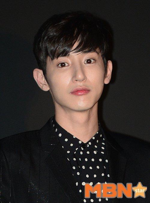 Hoàng tử ma cà rồng Lee Soo Hyuk đã không còn hoàn hảo như xưa vì... thẩm mỹ hỏng? - Ảnh 6.