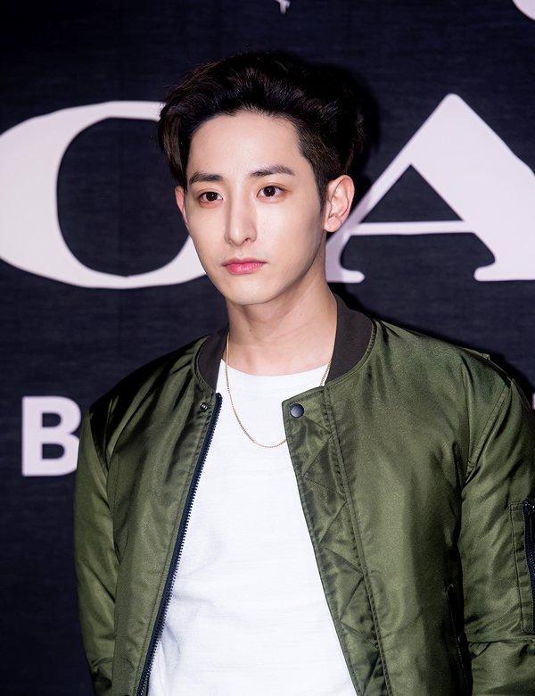 Hoàng tử ma cà rồng Lee Soo Hyuk đã không còn hoàn hảo như xưa vì... thẩm mỹ hỏng? - Ảnh 7.
