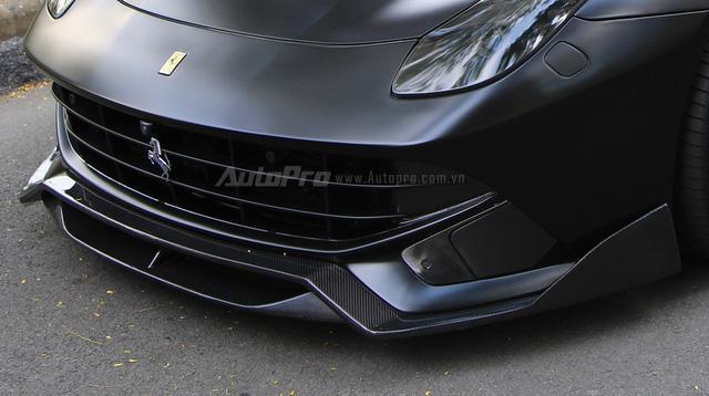 """Cận cảnh """"hàng tuyển"""" Ferrari F12 Berlinetta của Cường """"Đô-la"""" - Ảnh 10."""