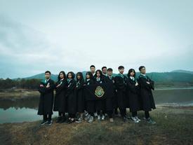 Chán kiểu bao cấp, học sinh Hải Phòng chụp ảnh kỷ yếu theo phong cách Harry Potter
