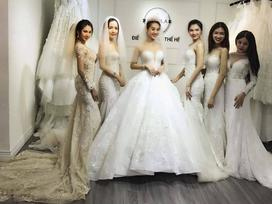 Lâm Khánh Chi tiết lộ đặt may chiếc váy cưới đuôi dài 10m đẹp nhất Việt Nam