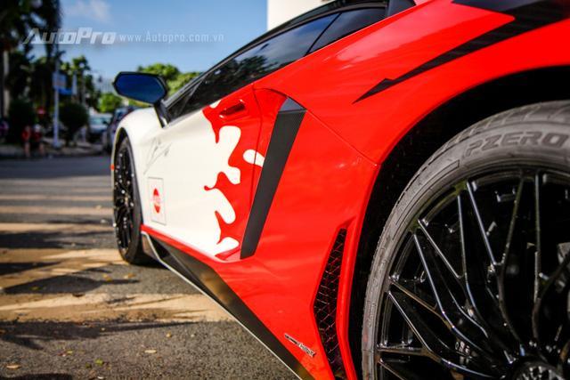 Cận cảnh bộ áo mới trên Lamborghini Aventador SV 32 tỷ Đồng của Minh Nhựa - Ảnh 9.