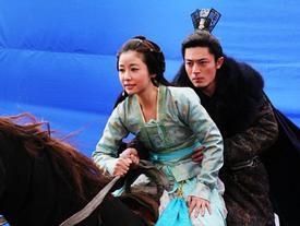 Bật mí hậu trường phim Trung: Ngựa giả có chỉ số an toàn cao nhất!