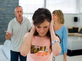 Sống chung với mẹ chồng còn tốt hơn nhiều ở cùng bố chồng khó tính