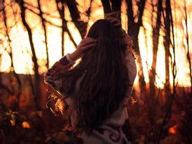Càng trưởng thành, người ta càng mắc bệnh sợ yêu