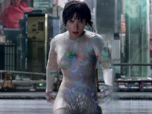 'Vỏ bọc ma': Hành trình tiếc nuối từ 'USB dẹp lép' đến người máy sexy của Scarlett Johansson