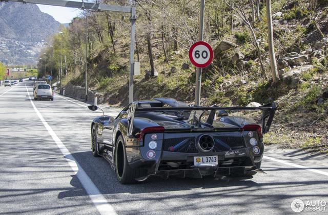 Hàng độc Pagani Zonda LM mui trần của đại gia Argentina tái xuất trên phố - Ảnh 6.