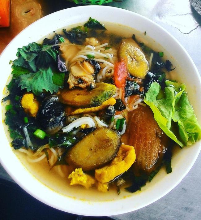 Tổ hợp những quán ăn lúc nào cũng tấp nập khách ở khu Trường Chinh, Đại La - Ảnh 6.