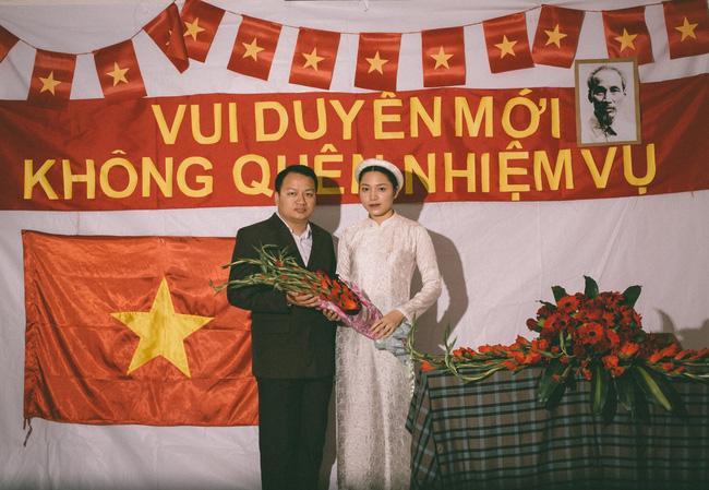 Độc nhất vô nhị: Chụp một lần, cặp đôi tái hiện được tất cả các kiểu lễ cưới Việt Nam trong 100 năm qua! - Ảnh 8.