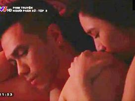 Người yêu Quang Lê hôn Việt Anh 100 lần trong