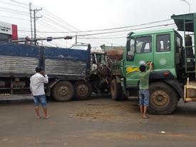 6 xe tải tông liên hoàn, 2 người dính chặt trong cabin