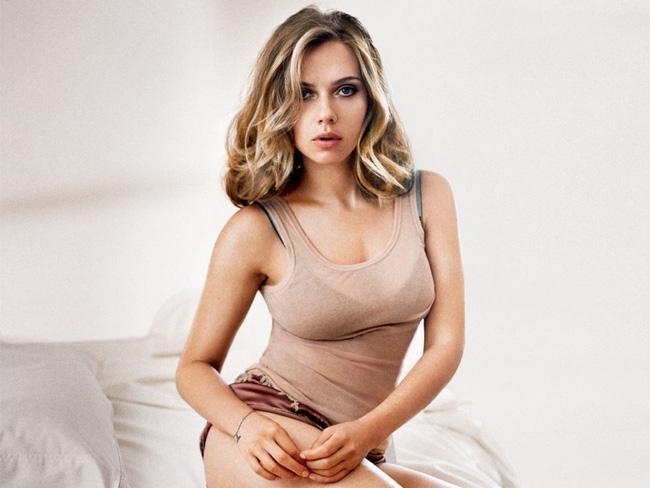 Scarlett Johansson bật mí bí quyết giữ dáng để trở thành nữ diễn viên hành động quyến rũ nhất Hollywood