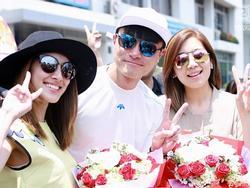 Hoa Hậu đẹp nhất Hong Kong tươi tắn trong vòng vây fan Việt