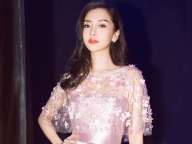 'Mẹ bỉm sữa' đẹp nhất showbiz Hoa ngữ chỉ có thể là... Angela Baby