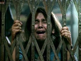 Cuộc sống địa ngục của những bé gái bị ép gả cho chồng già ở Ấn Độ