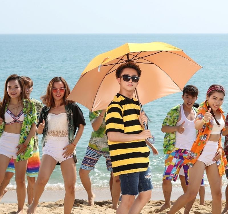 Mùa hè đầy sôi động qua MV mới của Sơn Tùng MTP - ảnh 1