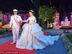 Cận cảnh chiếc váy cưới 'hút' nhiều like nhất trong lịch sử Instagram