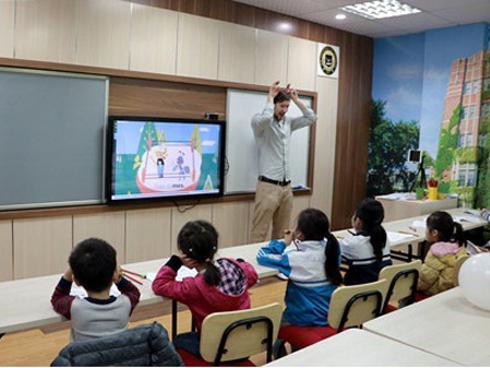 Apax English- 'làn gió mới' dạy học tiếng Anh trẻ em