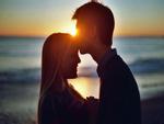 7 biểu hiện rõ ràng của người đàn ông yêu bạn rất nhiều