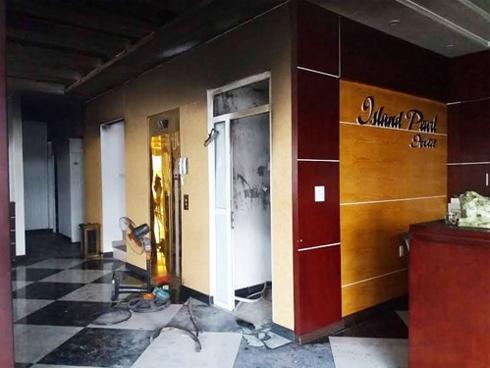 Cháy khách sạn ở Tuần Châu, 3 người nhảy lầu thoát thân