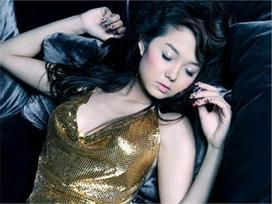 Bài hát hot trong tuần: 'Một vòng trái đất' tăng triệu view sau scandal Minh Hằng bị Hà Hồ chèn ép
