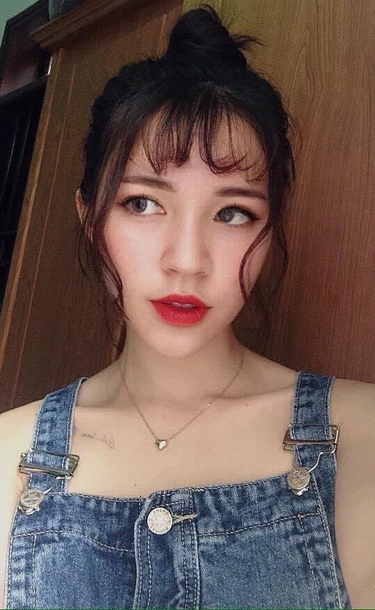 Cô bạn gái trong mơ: Xinh, học ngành Y, là fan cứng Chelsea và chơi được cả bóng đá! - Ảnh 12.