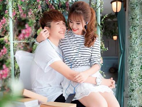 """Trước khi đính hôn, Khởi My và Kelvin Khánh đã từng khiến fan """"bấn loạn"""" với những lần kết hợp này!"""