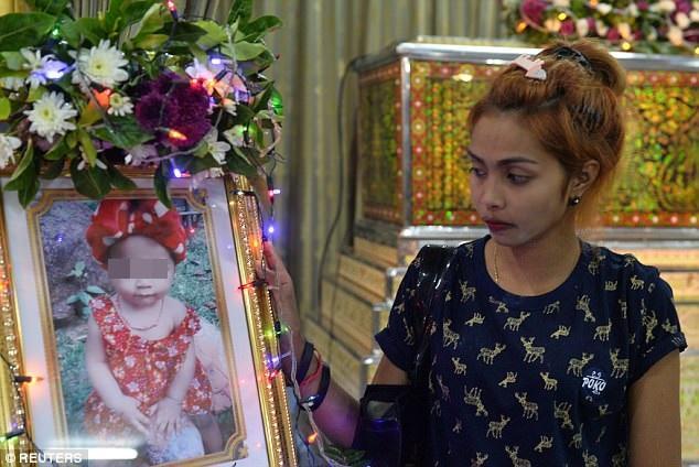 Nghi ngờ vợ ngoại tình, cha livestream treo cổ con gái 11 tháng tuổi rồi tự sát - Ảnh 3.