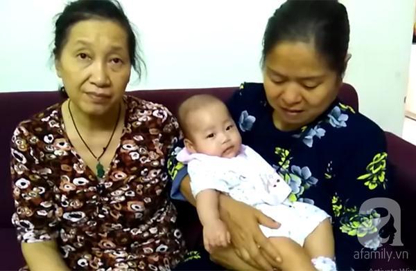 Hà Nội: Nghe tiếng chuông, chủ căn hộ bất ngờ thấy bé gái 6 tháng tuổi bị bỏ rơi trước cửa nhà - Ảnh 1.