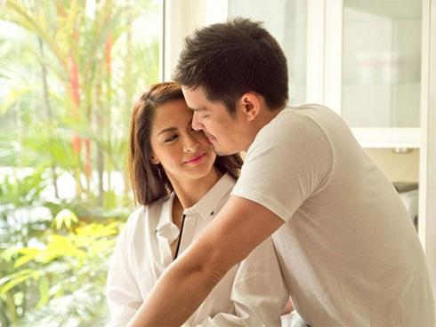 Vợ chồng tôn trọng nhau là từ trong lòng, sao cứ phải 'anh anh - em em'