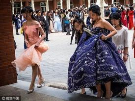 Chiêm ngưỡng lễ trưởng thành tại ngôi trường giàu có nhất Trung Quốc
