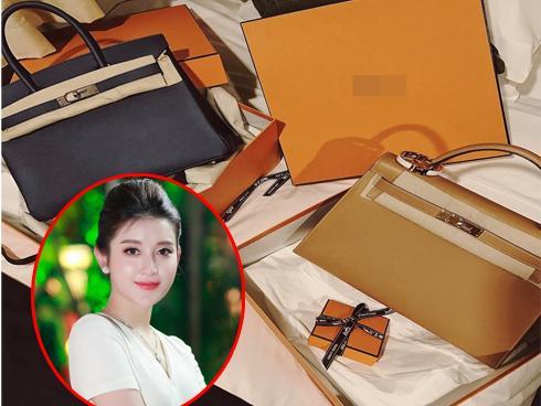 Huyền My 'tự sướng' cặp túi xách gần 1 tỷ đồng nhân kỳ nghỉ lễ dài