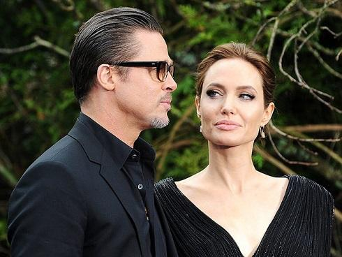 Angelina Jolie mở tiệc ăn mừng vì được 'giải phóng' khỏi Brad Pitt?
