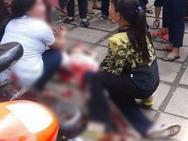 Ảnh hot trong tuần: Nhóm nữ sinh lớp 6 hỗn chiến đổ máu gần trường học